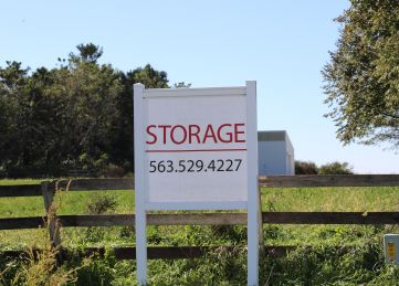 QC Self Storage - Long Grove